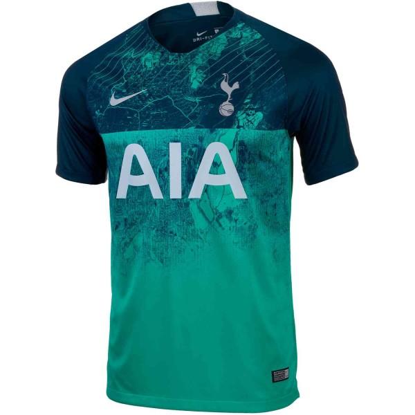 Tottenham Hotspurs Kit